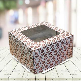 Элегантная сборная коробка с окном из плотного картона. Идеальный вариант упаковки для тортов, пирожных и других десертов.